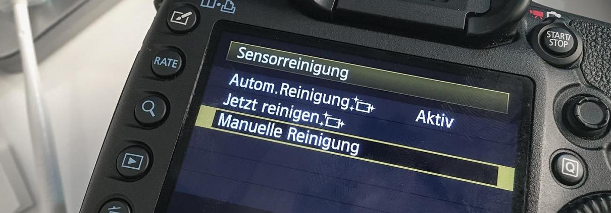 Manuelle Reinigung DSLR